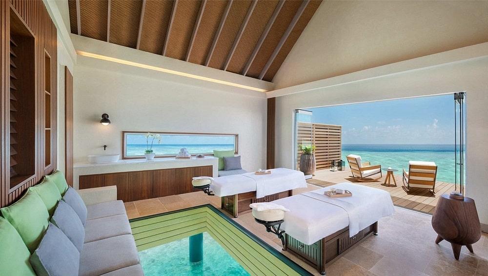 Waldorf Astoria Ithaafushi Maldives lobby