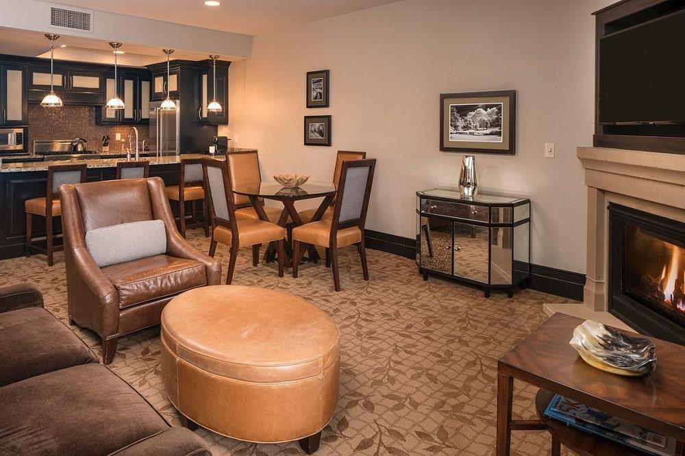 Waldorf Astoria Park City (Park City, UT) lobby