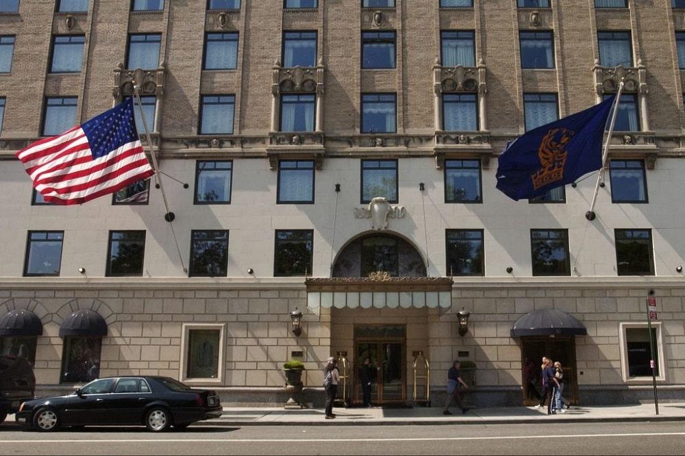Ritz-Carlton New York, Central Park exterior